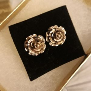 Jewelry - Vtg 1920s antique hand crafted gold rose earrings
